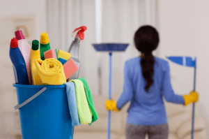 Menjaga kebersihan disekitar rumah