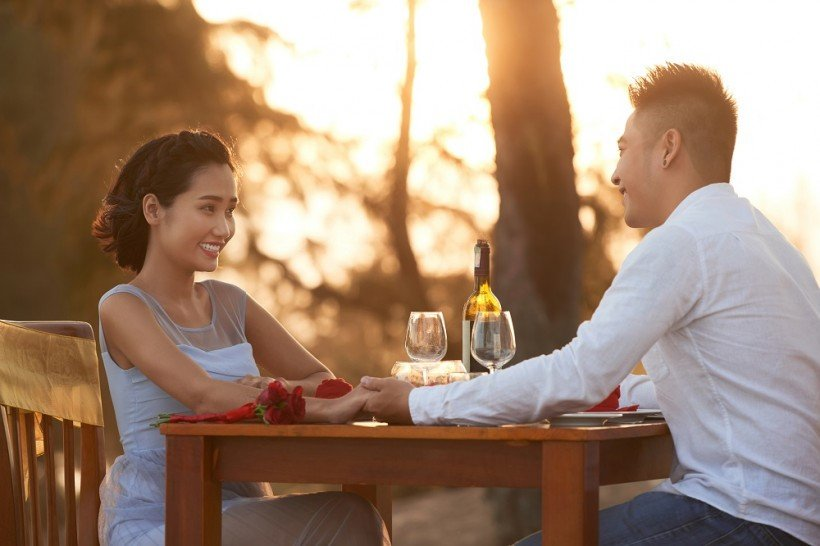 5 Tanda Bahwa Kamu Berkencan dengan Orang yang Tidak Dewasa Secara Emosional