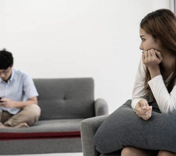 5 Cara Bagaimana Hubungan Toxic Dapat Membuatmu Sakit