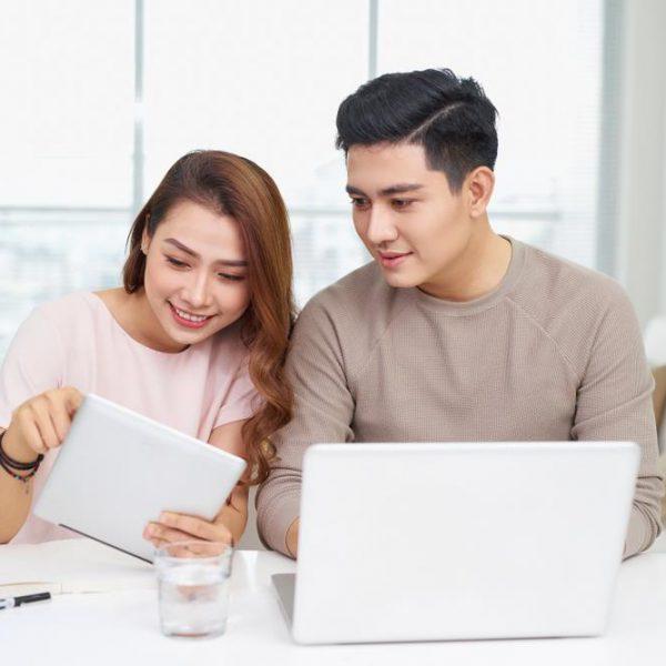 5 Pertimbangan Sebelum Menggabungkan Keuangan dengan Pasangan