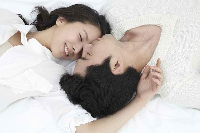 Rutin Berhubungan Seksual Dalam Rumah Tangga Adalah Kunci Pernikahan Bahagia