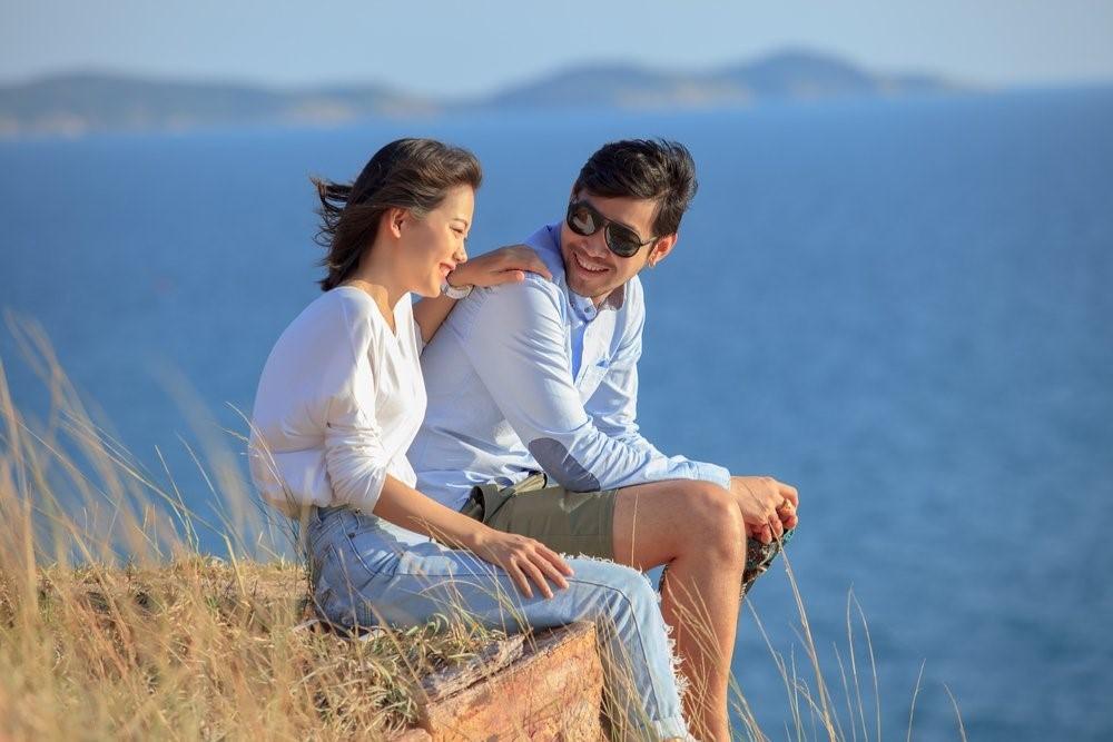 5 Cara Menyeimbangkan Hubungan Kamu dengan Teman dan Pacar