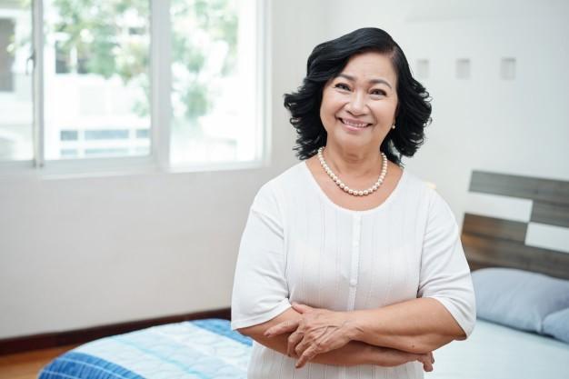 Usia Bukan Halangan: 3 Wanita Ini Memulai Profesi Baru di Usia yang Tidak Muda